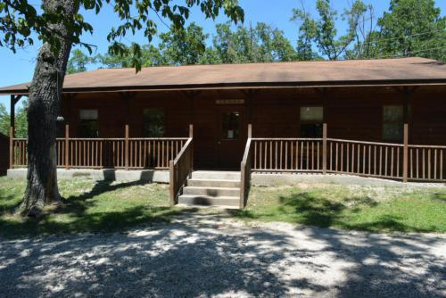 Cabin Interior - Cub Creek Science and Animal Camp